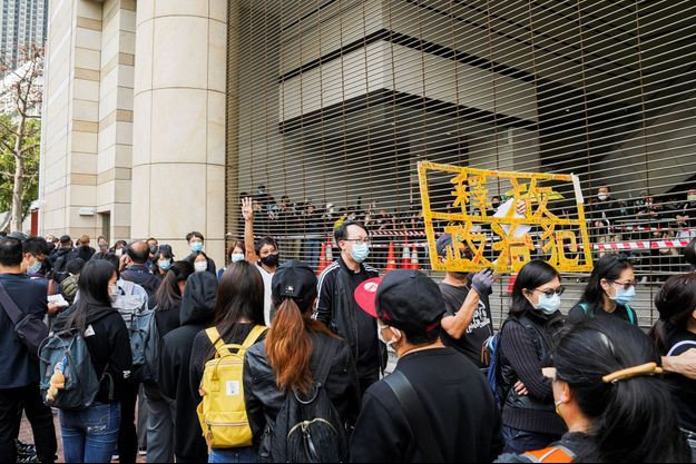 Manifestation devant le tribunal de Hong Kong, le 1er mars 2021.
