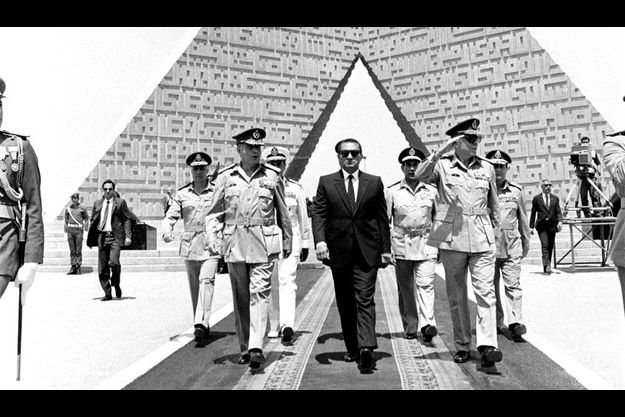En avril 1986 devant le monument au soldat inconnu.
