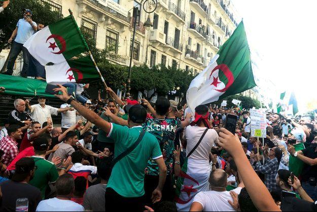 Le 18 octobre dans les rues d'Alger.