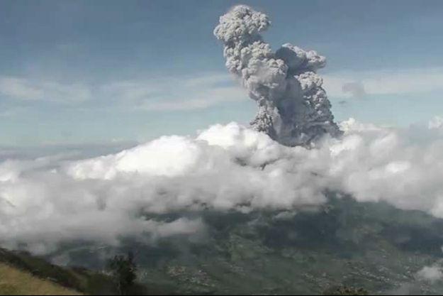 Le volcan Merapi est entré en éruption le 21 juin.