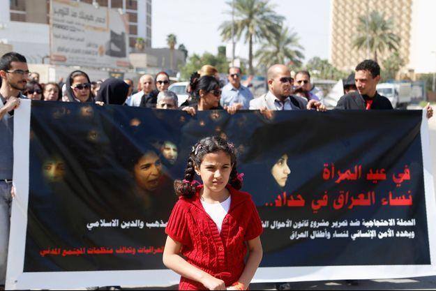 Des manifestants sont descendus dans les rues de Bagdad le 8 mars dernier pour protester contre la loi Ja'afari.