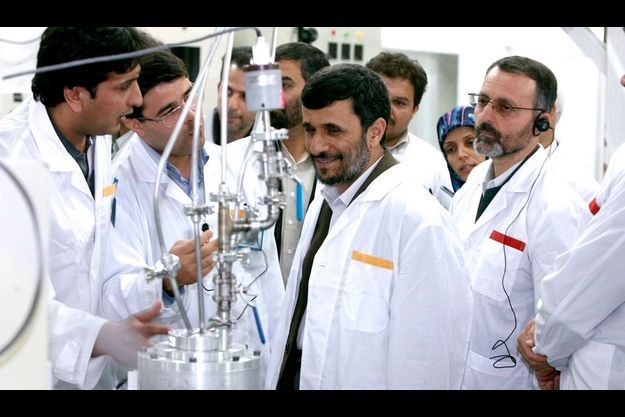 Mahmoud Ahmadinejad à la centrale de Natanz ce mardi.