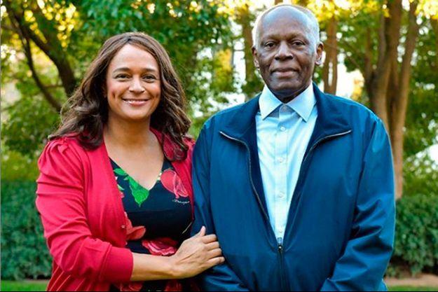 L'ancien président José Eduardo Dos Santos et sa fille Isabel posent pour leur message de Noël le 25 décembre 2019.