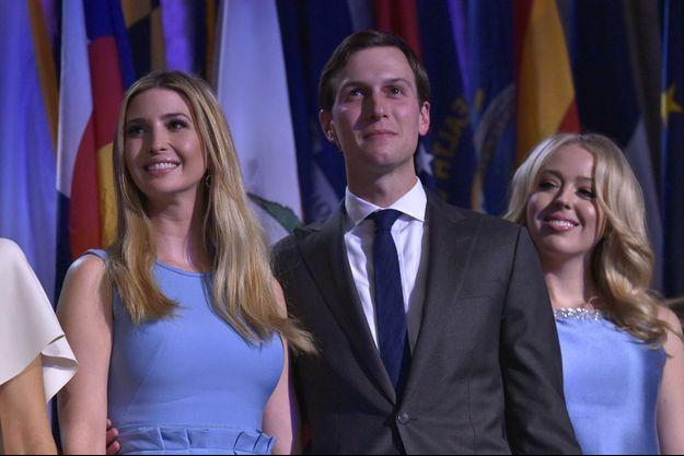 Le soir de l'élection de Donald Trump, Jared Kushner entouré de sa femme Ivanka Trump et sa belle-soeur Tiffany Trump.