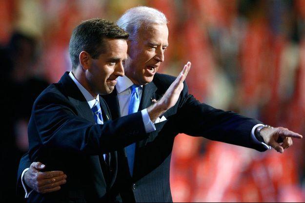 Joe et son fils Beau, en 2008, à Denver.