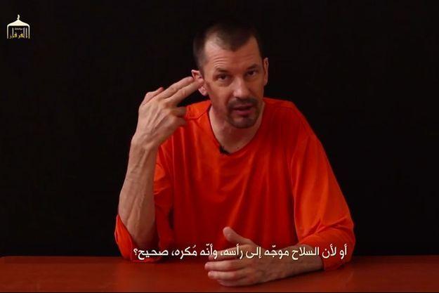 David Cantlie dans la vidéo diffusée par l'Etat islamique.