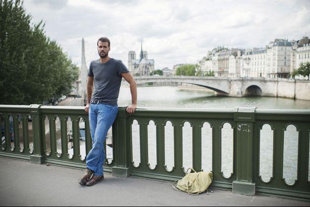 Jonathan Alpeyrie, 34 ans, jeudi 25 juillet, le lendemain de son arrivée à Paris. Il a perdu 6 kilos durant sa détention. « Je veux immédiatement reprendre ma vie où je l'ai laissée. »