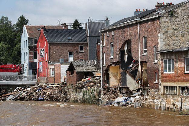 Des habitations détruites en Belgique après le passage des inondations.