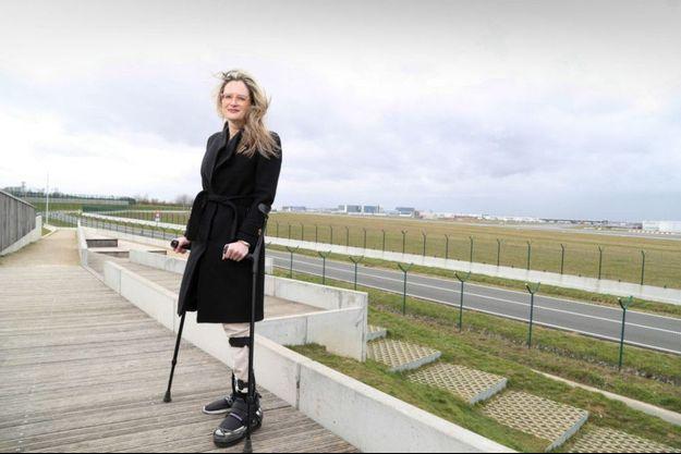 """Karen Northshield revient à Zaventem. """"Moi, fille de militaire, qui n'avais aucune intention de faire carrière à la défense, je me suis retrouvée sur un terrain de guerre.»"""