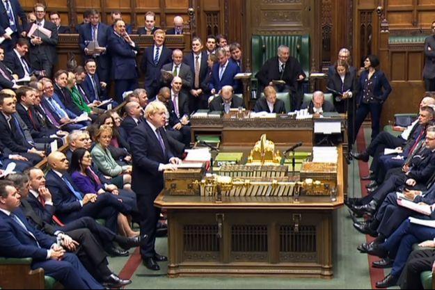Boris Johnson dans la Chambre des communes, le 20 décembre 2019.