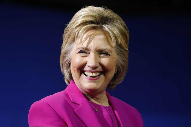 Hillary Clinton a retrouvé le sourire.