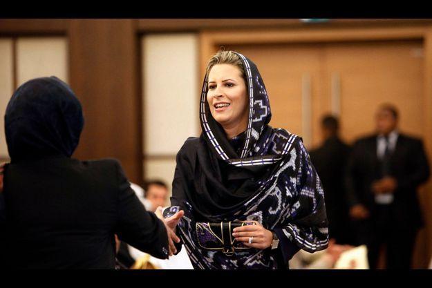 Aïcha Kadhafi à une compétition féminine de lecture du Coran à Tripoli, en août 2010.