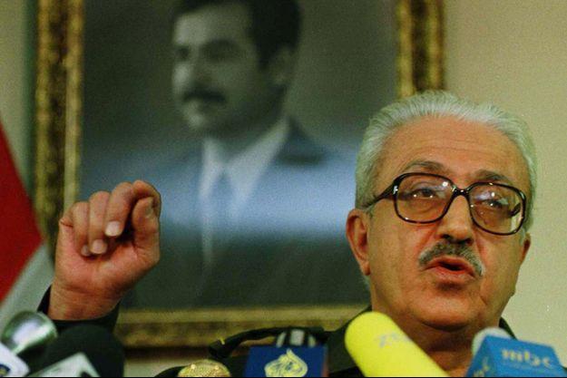 Tarek Aziz en 1998.