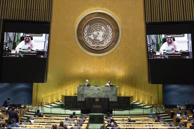 Le roi Salmane d'Arabie saoudite s'adressant aux Nations unies par visio-conférence, en septembre 2020.