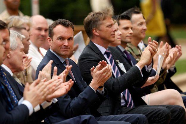 Eric Fanning, premier gay à la tête de l'Armée de Terre, est le symbole de l'évolution des droits des LGBT dans l'U.S. Army.