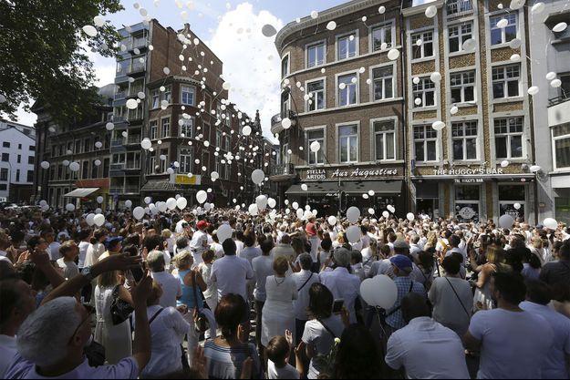 La marche blanche à Liège a été organisée dimanche.