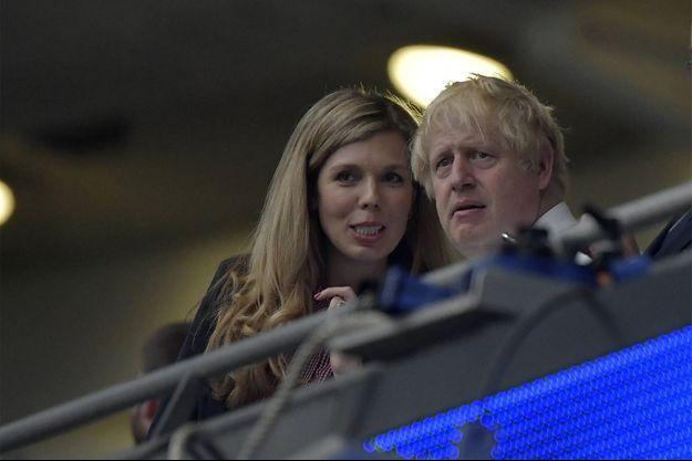 Boris Johnson et son épouse Carrie Symonds à l'Euro 2020.