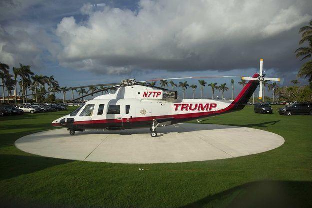L'hélisurface avait installée à Mar-a-Lago en février 2017. Ici, un hélicoptère Trump posé en décembre 2017.