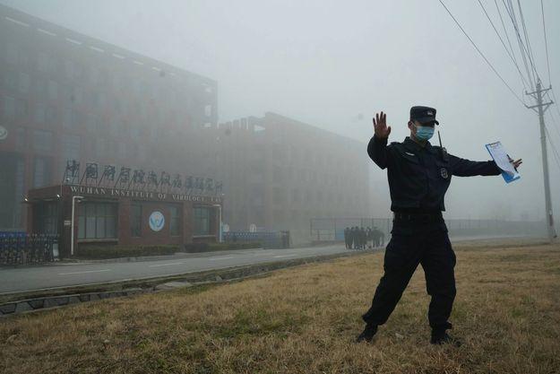 Le 3 février, devant l'institut de virologie de Wuhan.