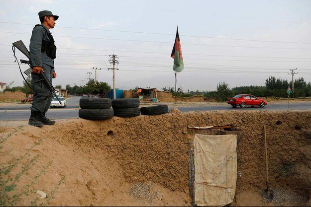 Un policier afghan à Kaboul, le 13 juillet 2021.