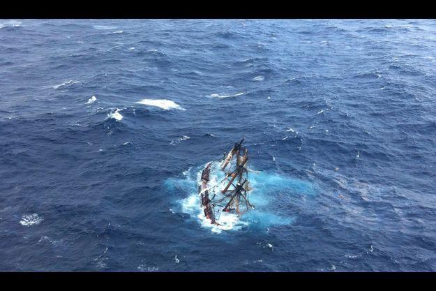 L'Océan atlantique a presque entièrement englouti le HMS Bounty.