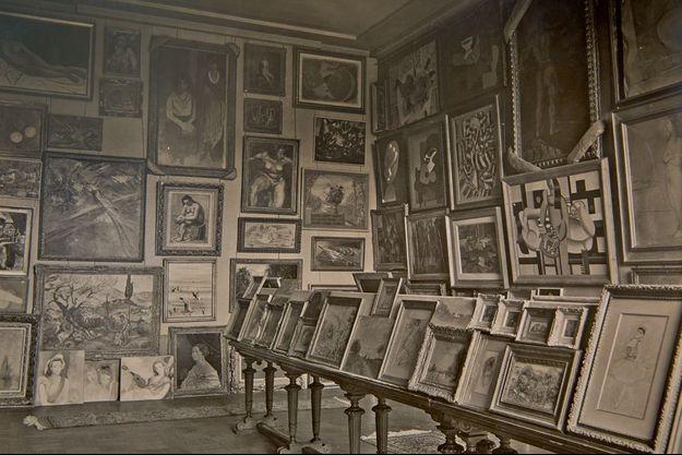 Dans les Archives nationales, d'inestimables photos des collections constituées par les nazis. Ici, une partie de celle de Göring.