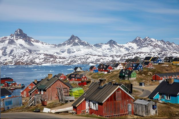 Vue de Tasiilaq, au Groenland, en juin 2018.