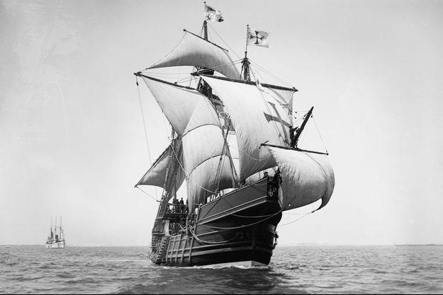 """Une réplique de la """"Santa Maria"""", photographiée à la fin du XIXème siècle."""