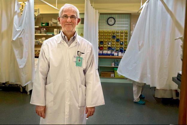 Chef du service des urgences à l'hôpital Saint-Pierre, le Pr Pierre Mols a aussi soigné une majorité de victimes.