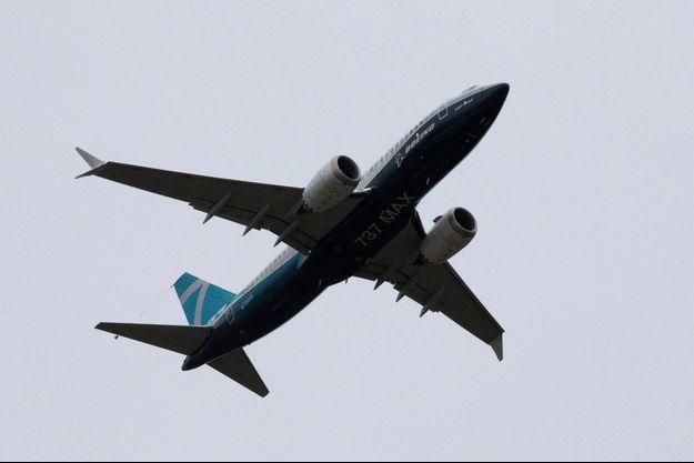 Le Boeing 737 MAX a décollé lundi de Seattle.