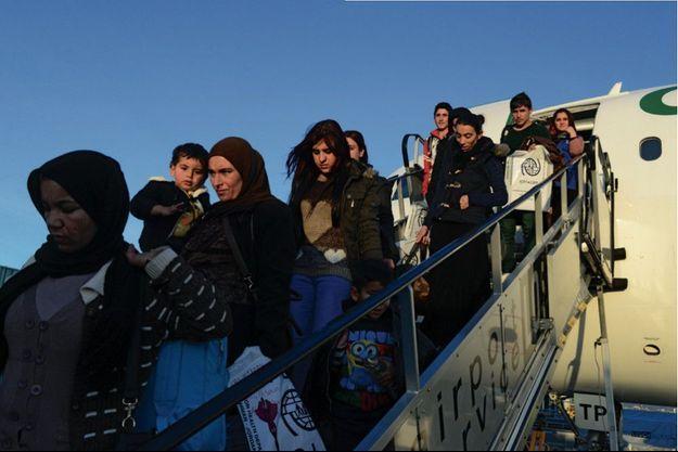 26 janvier, aéroport de Stuttgart. L'avion transporte le dernier groupe de 155 Yézidis.