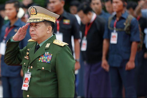 Le commandant en chef Min Aung Hlaing.