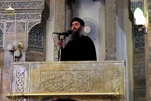 Abou Bakr al-Baghdadi dans la seule vidéo connue le montrant.