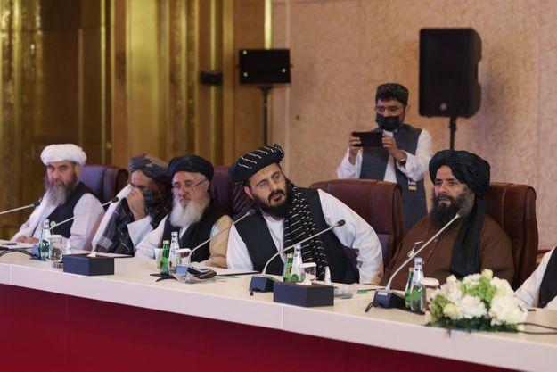 Délégation de Taliban lors des négociations avec le gouvernement afghan à Doha, au Qatar, le 17 juillet 2021.
