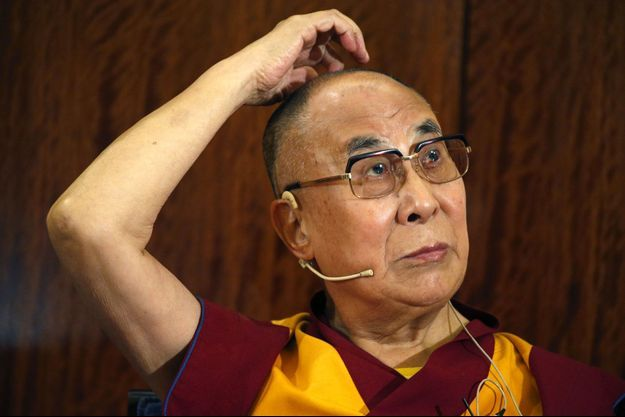 Le Dalaï-lama à Paris, mardi.