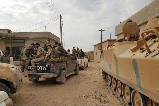 L'armée syrienne à Tal Abyad, le 17 octobre 2019.