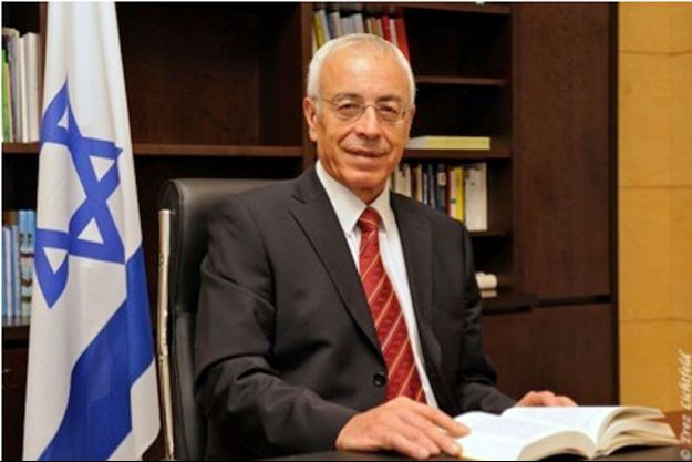 Yossi Gal, ambassadeur d'Israël en France.