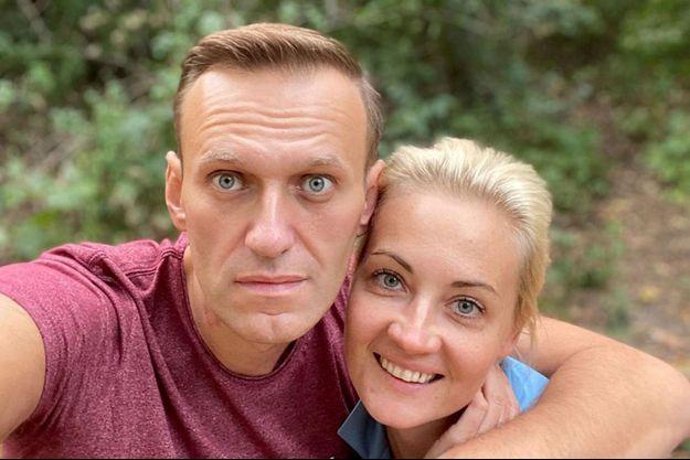 Alexei Navalny et son épouse Yulia Navalnaya.
