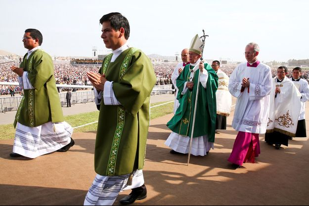 Le pape François à Las Palmas au Pérou.