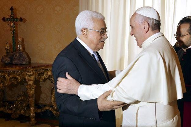 Mahmoud Abbas et le pape François, samedi à Rome