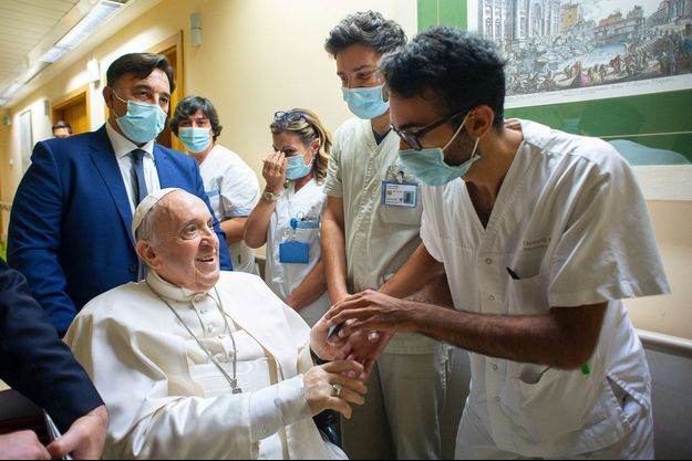 Le pape à l'hôpital universitaire Gemelli: