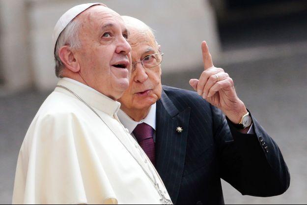Le pape François et le président italien Giorgio Napolitano à Rome, ce jeudi.