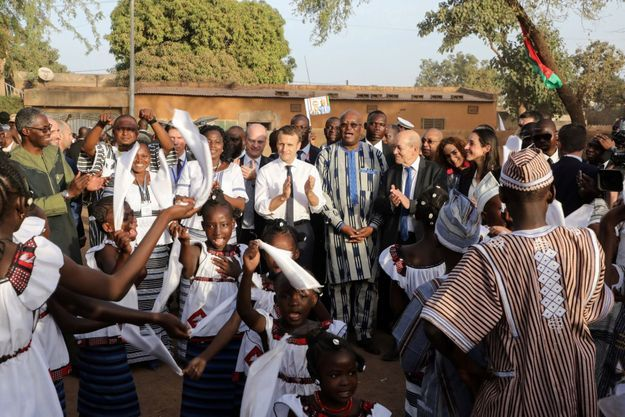 Le 28 novembre 2017 à Ouagadougou au Burkina-Faso, lors d'un échange avec les étudiants, il a voulu annoncer ce nouvel âge des rapports de la France avec l'Afrique.