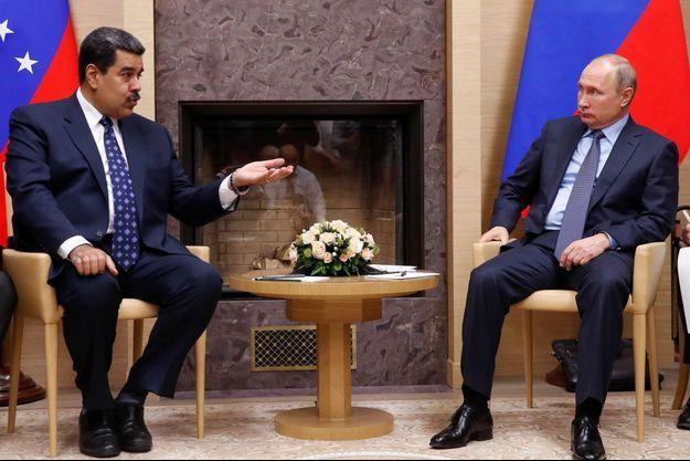 Nicolas Maduro et Vladimir Poutine en décembre 2018.