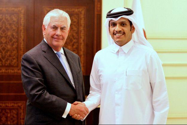 Le secrétaire d'Etat américain Rex Tillerson et le chef de la diplomatie qatarie, cheikh Mohammed ben Abderrahmane Al-Thani