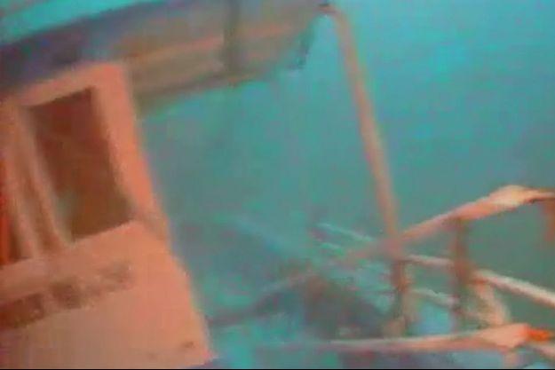 Le bateau de migrants coulé au large de l'île italienne de Lampedusa.