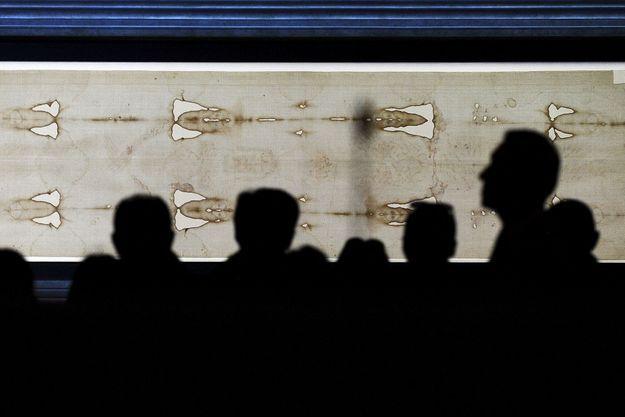 Le saint suaire est exposé depuis dimanche à Turin.