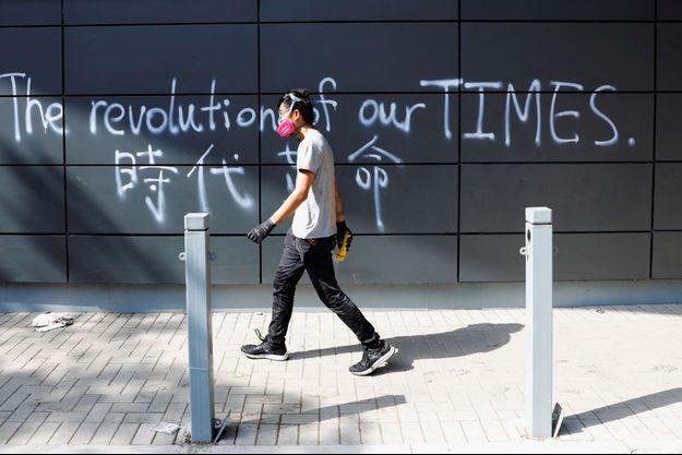 Un manifestant à Hong-Kong