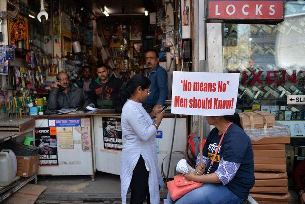 Pancarte contre les violences faites aux femmes à New Delhi, le 6 mars 2019.