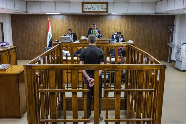 Bagdad, mai 2018. Dans une salle du tribunal criminel irakien, la cour face à un membre du groupe Etat islamique. Verdict : la pendaison.